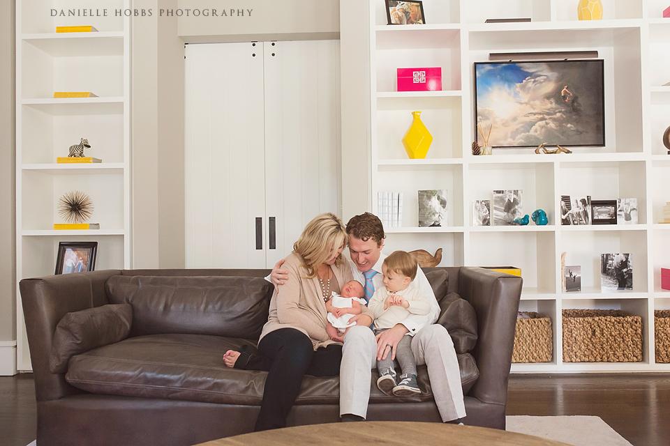 Lifestyle Family Newborn - Danielle Hobbs Photography